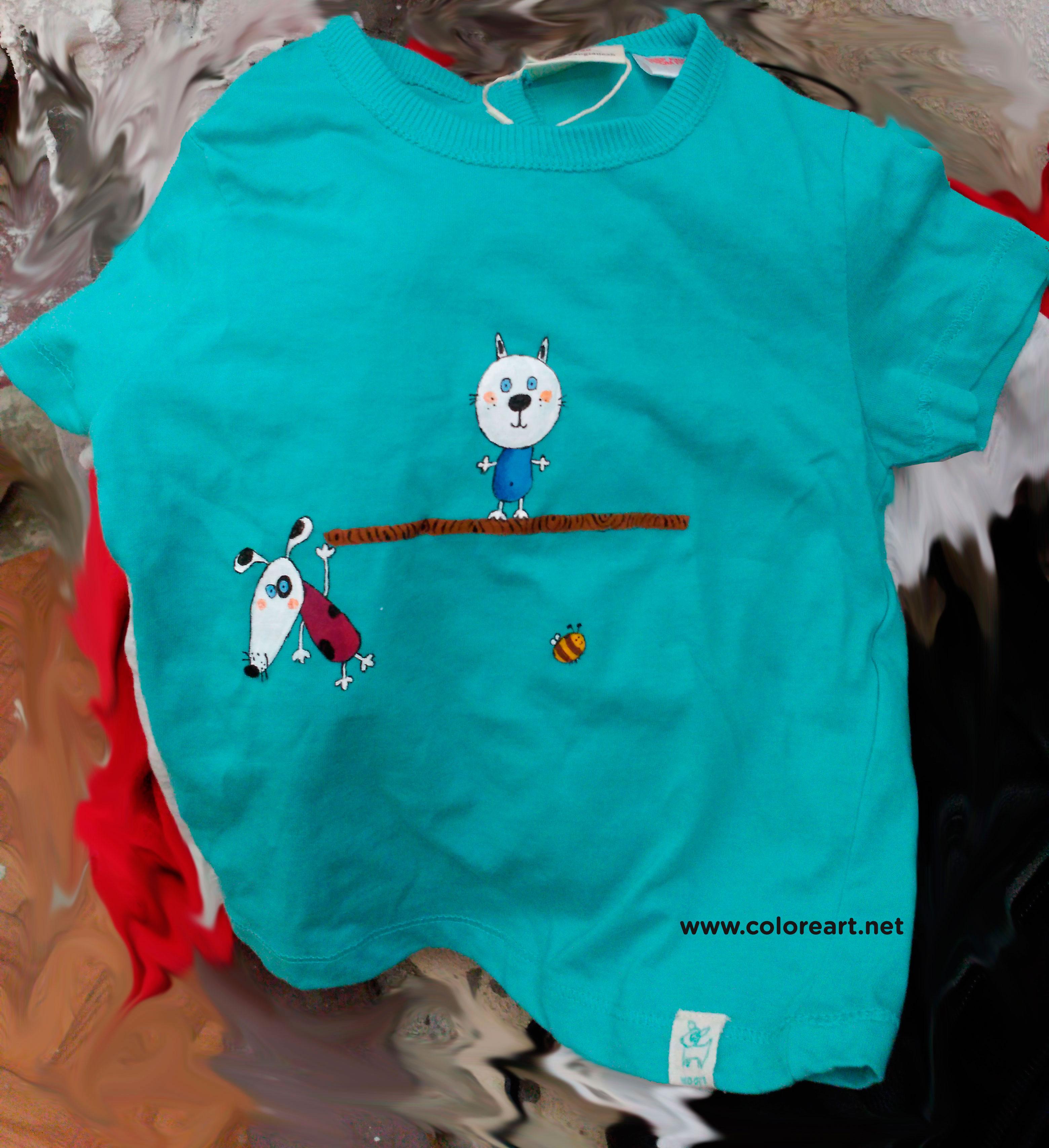 Pintar camisetas trendy camiseta pintada a mano alicia for Camisetas hippies caseras