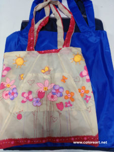 bolsas hechas con tela de paraguas